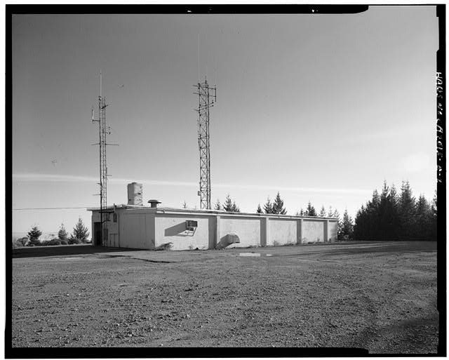 Mill Valley Early Warning Radar OBLIQUE VIEW OF BUILDING 106, LOOKING SOUTH.